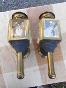 PAIRE-D-039-APPLIQUES-034-STYLE-LAMPES-DE-CALECHE-034-EPOQUE-1950-70-EN-METAL