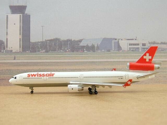 Swissair MD-11 (HB-IWT), 1 400, Dragon Wings, 55268