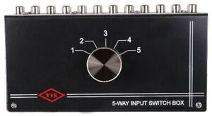 NEW-5-RCA-Input-Source-Audio-Selector-Stereo-Switch-Inputs-change-Amplifier-CD