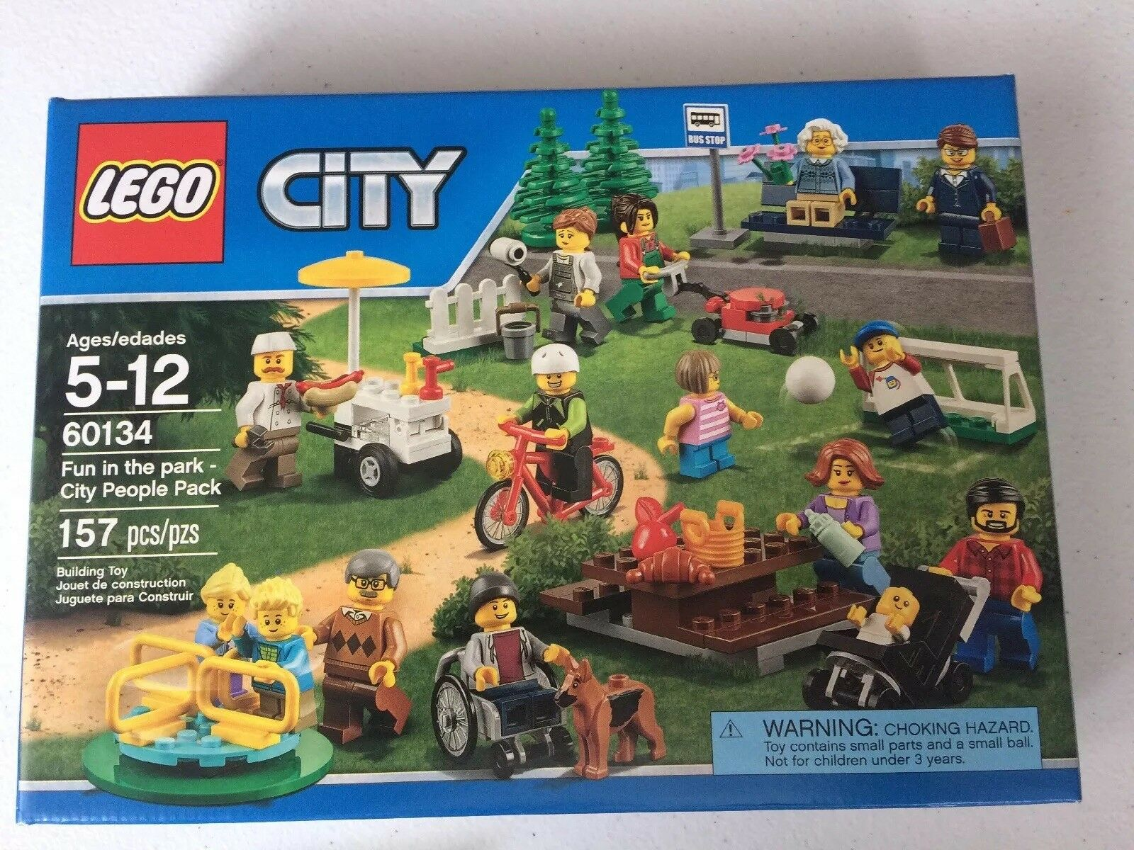 LEGO City Town Fun in the Park 15 Minifigs 157 Pcs Building Set 60134 People Nuovo