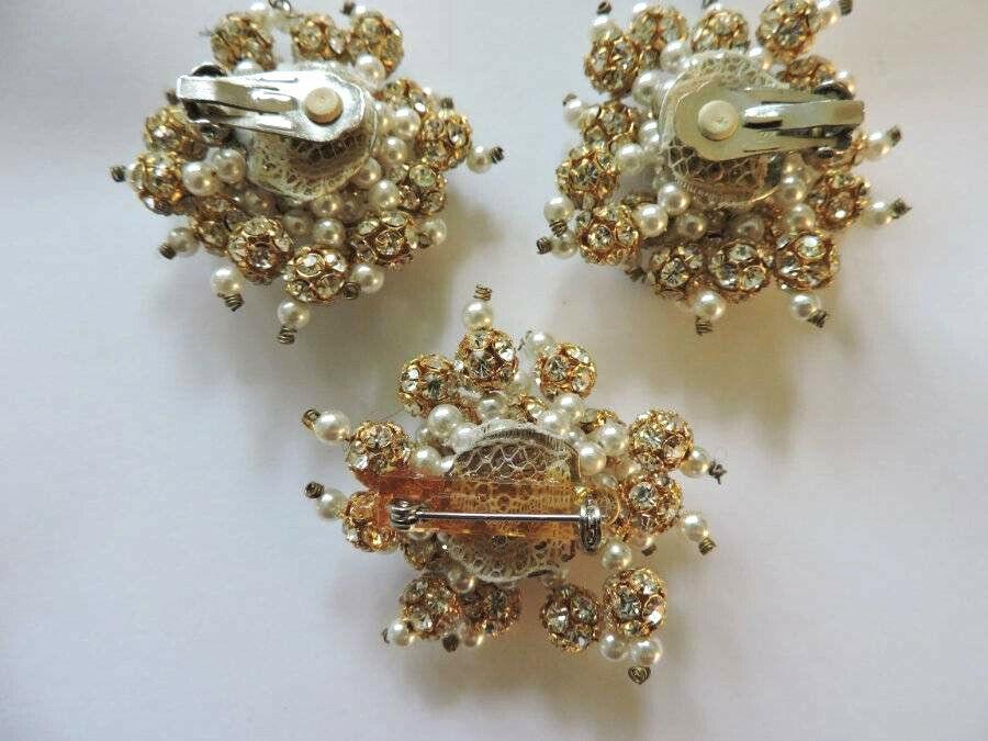 Stunning Vintage Crystal Rhinestone Faux Pearl Go… - image 4