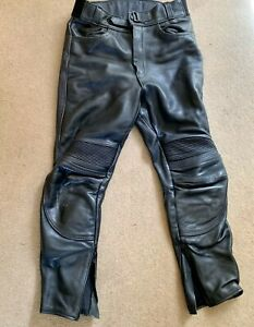 TRIUMPH-CONNECTION-LEATHER-MOTORCYCLE-JEANS-SIZE-34-INCH-WAIST-VGC