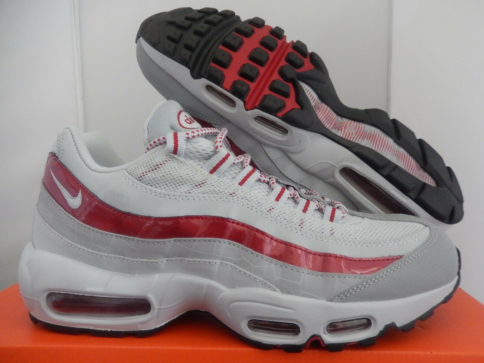 NIKE AIR MAX 95 PREMIUM WHITE-RED-GREY SZ 9 [538416-060]