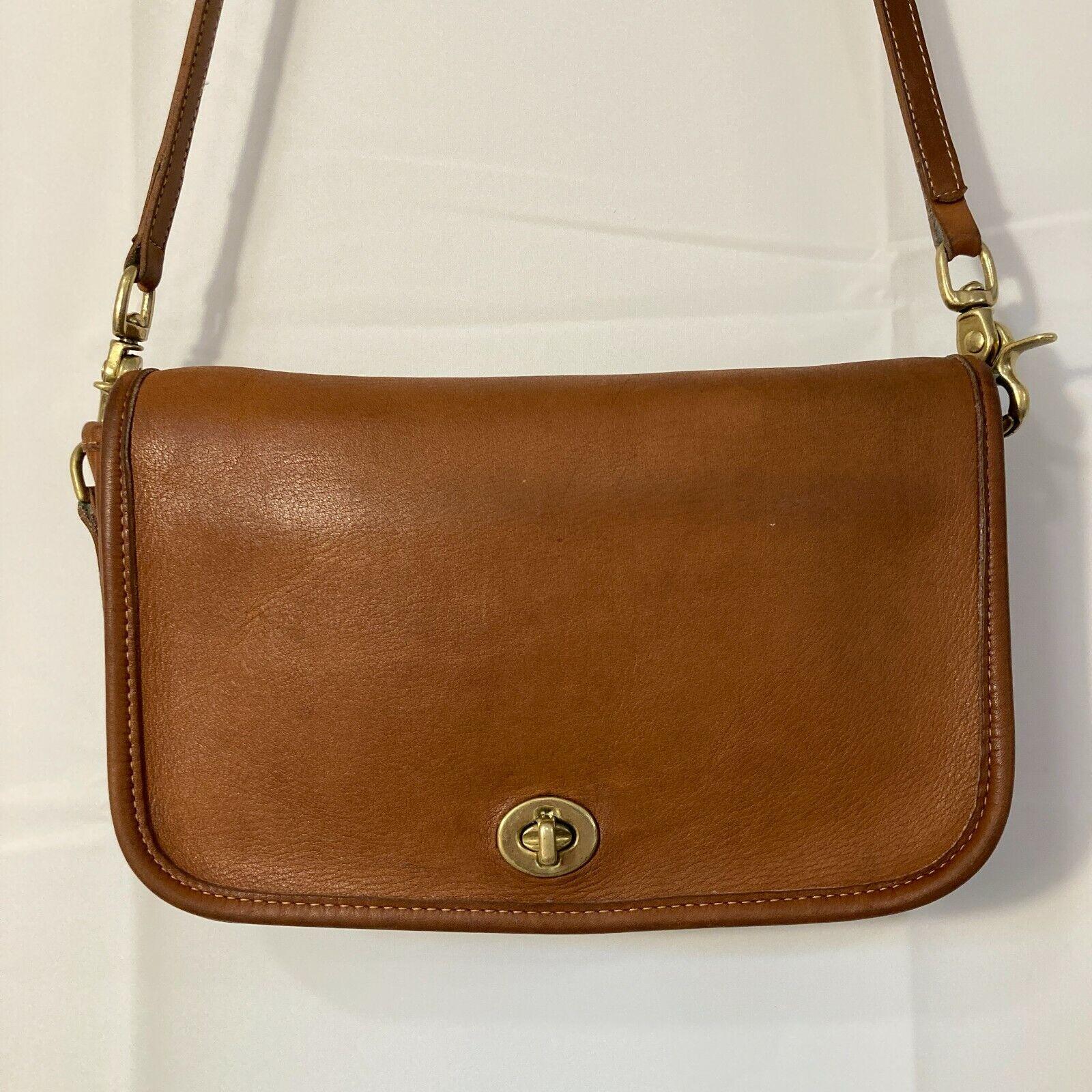 VINTAGE COACH 1990's British Tan Leather 9755 Mid… - image 1