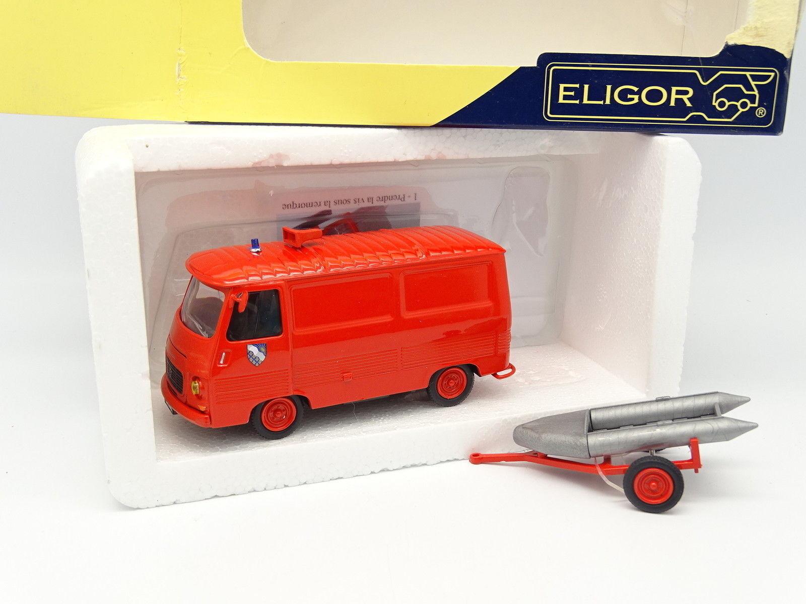 Eligor 1 43 - Peugeot J7 Bomberos Essonne con Zodíaco