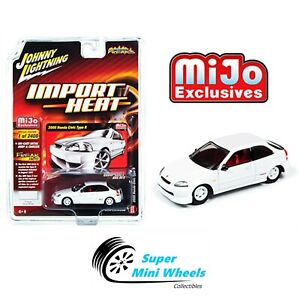 Johnny-Lightning-Import-Heat-2000-Honda-Civic-white-White-1-64-Mijo