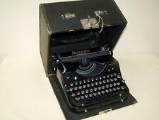 alte Reiseschreibmaschine Mercedes Selekta, Schreibmaschine