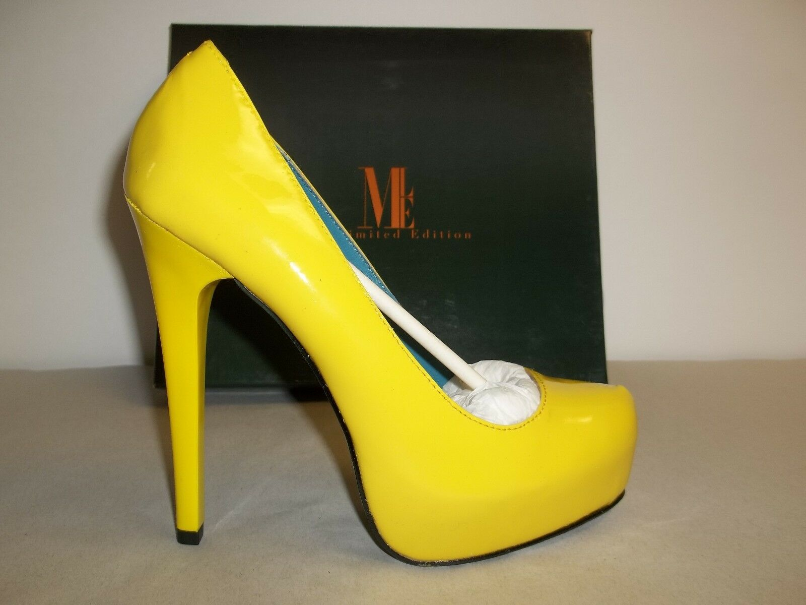 Mia Limited Edition Größe 9 M Vixen Yellow Lime Leder Pumps NEU Damenschuhe Schuhes