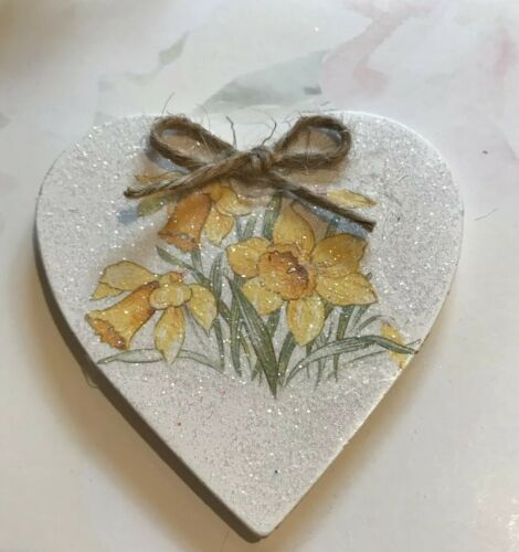 Daffodil Magnet Decoration Shabby Chic Country Vintg Decals Handmade X 1