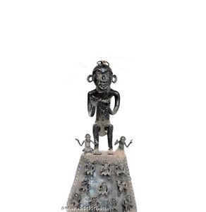 Statue-stele-Bamoun-Bamun-porteurs-bronze-art-africain-oeuvre-unique-354