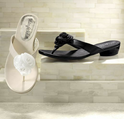NEW WOMENS SHOES IVORY ROSETTE THONG SANDALS SHOES WOMENS SIZE 7.5M 0f05fb