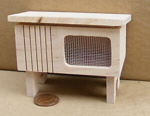 1:12 Scale Natural Finish Wooden Hutch For Rabbits & Pets Dolls House Miniature