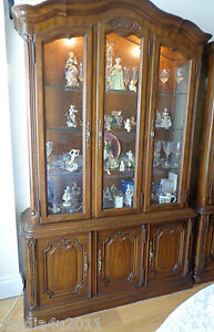DREXEL-AMERICAN-RARE-TOURAINE-III-FRENCH-STYLE-VINTAGE-CHINA-CABINET