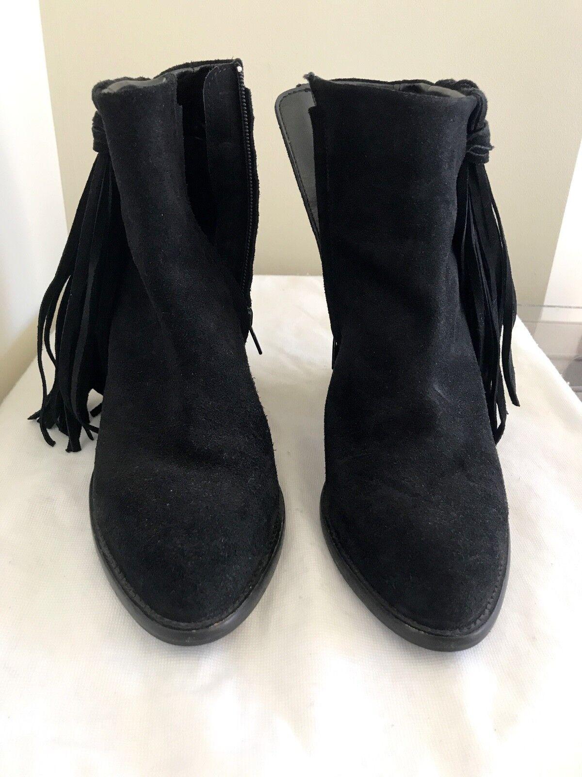 Zara black booties with fringe