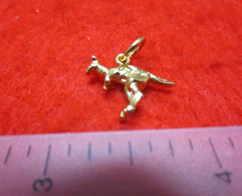 14kt Gold Ep Jumping Kangaroo Pendant - 2506