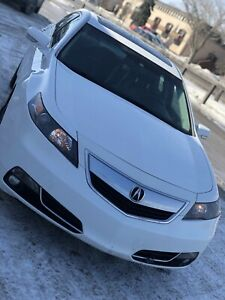 Quick sale 2013 Acura TL clean title & fresh safety.