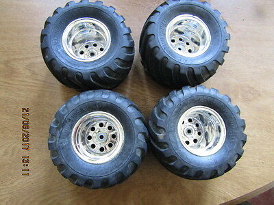 TAMIYA WILD WILLY 2 set of 4 wheels and tyres 12mm hex fitting