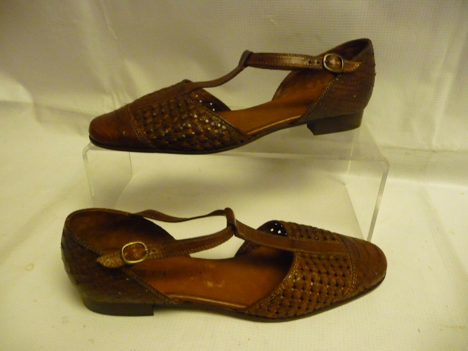 c93879c78 SESTO MEUCCI Womens Size 9N Low Heel Flats Brown Woven Buckle Leather