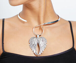 New-Burnished-Silver-amp-Crystal-Angel-Wings-on-Silver-Swirl-Neckwire-Necklace