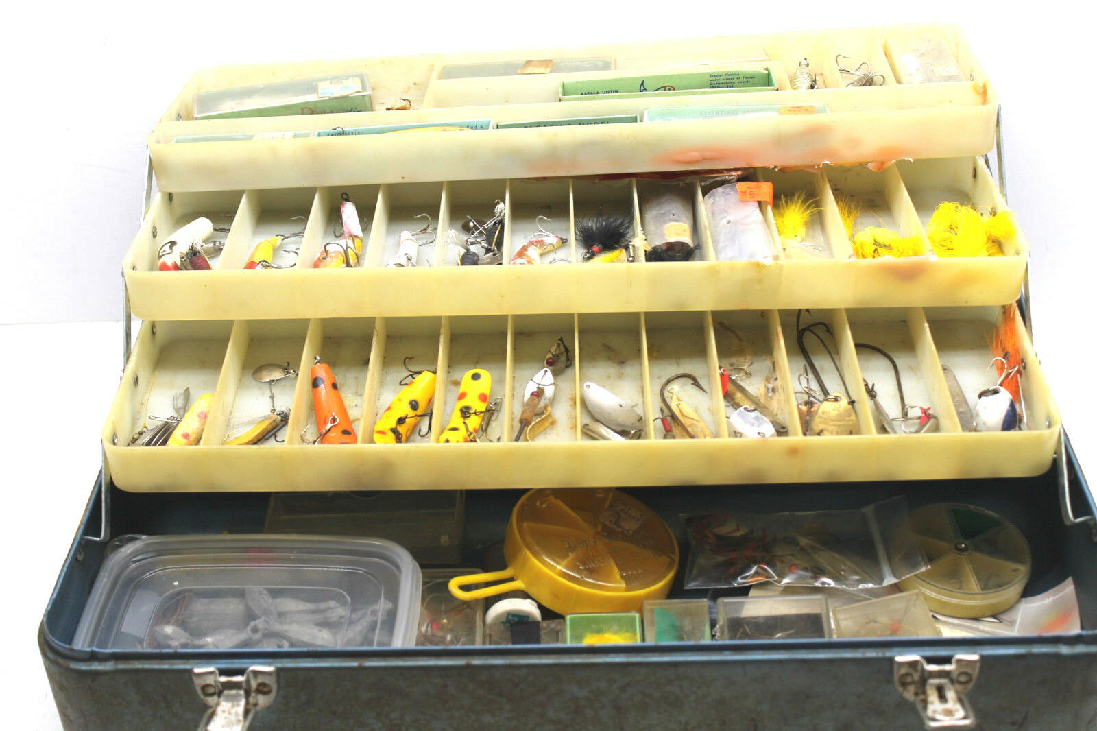 100+ Rare Vintage Fishing Box Old Pal Rapala Compac  Red Eye Lures Jigs Etc  deals sale