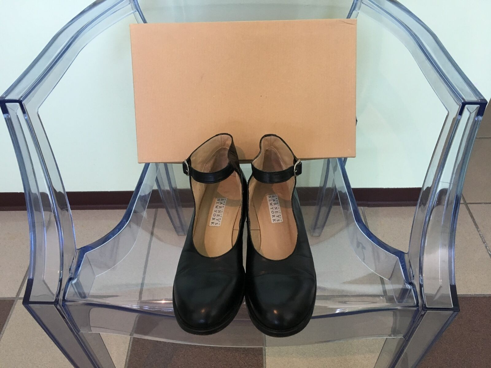 Women's Barneys New York Black Leather Mary Janes Size 7.5M
