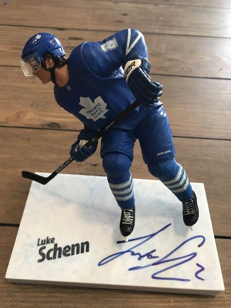 Signed Luke Schenn Mcfarlane  NHL  Serie Figure Autograph