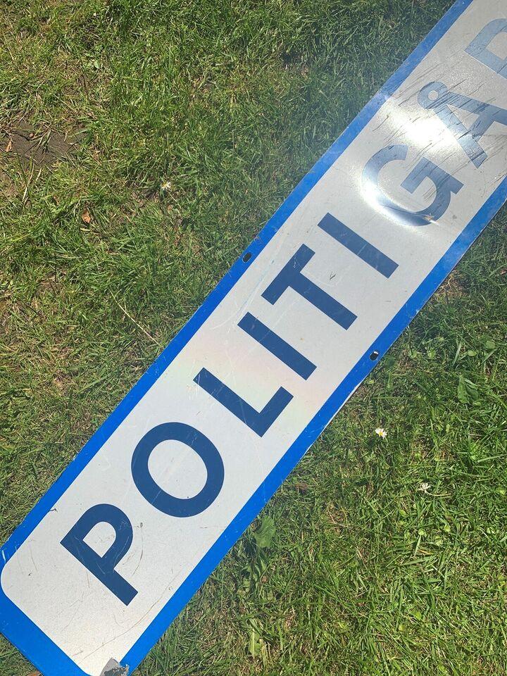 Skilte, Politigården