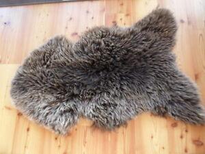 xxxl lammfell braun ko ca 100 cm x 70 cm neu schaffell naturgegerbt top baby ebay. Black Bedroom Furniture Sets. Home Design Ideas