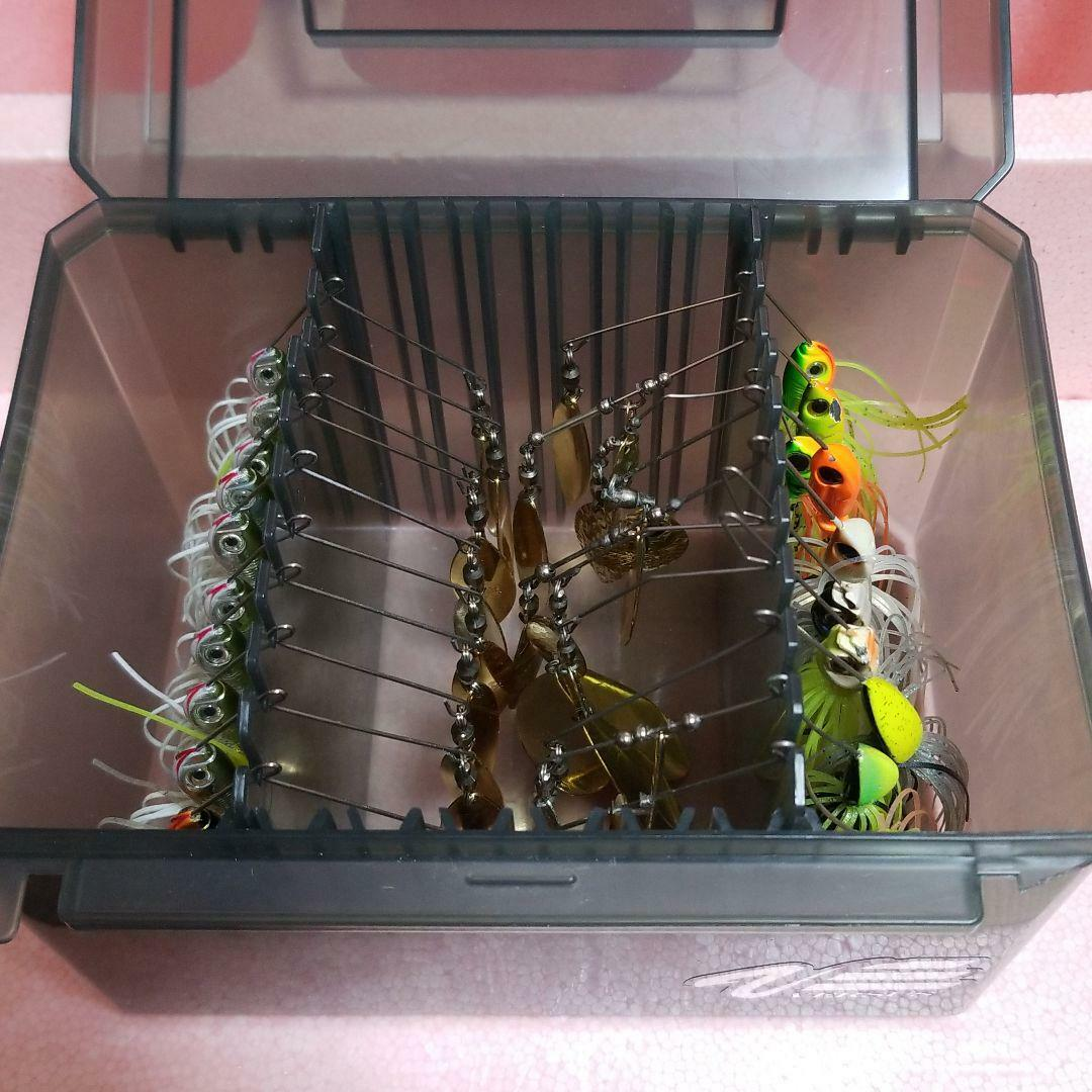 Spinner baits Lure Set  of 20pcs w  Versus case Rare From JAPAN Free shipping  the classic style