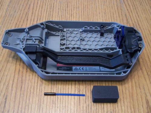 Traxxas RUSTLER 4X4 VXL GEN 2 Chassis Battery Strap Motor Mount /& Slipper Cover