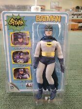 Batman 66 Classic TV Show style rétro 8 in environ 20.32 cm ALFRED dans sac violet chiffres