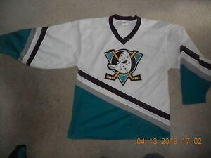 the best attitude 670bb df966 Details about Vintage Anaheim Mighty Ducks CCM Hockey Jersey Old School  1990s Maska Mesh Large