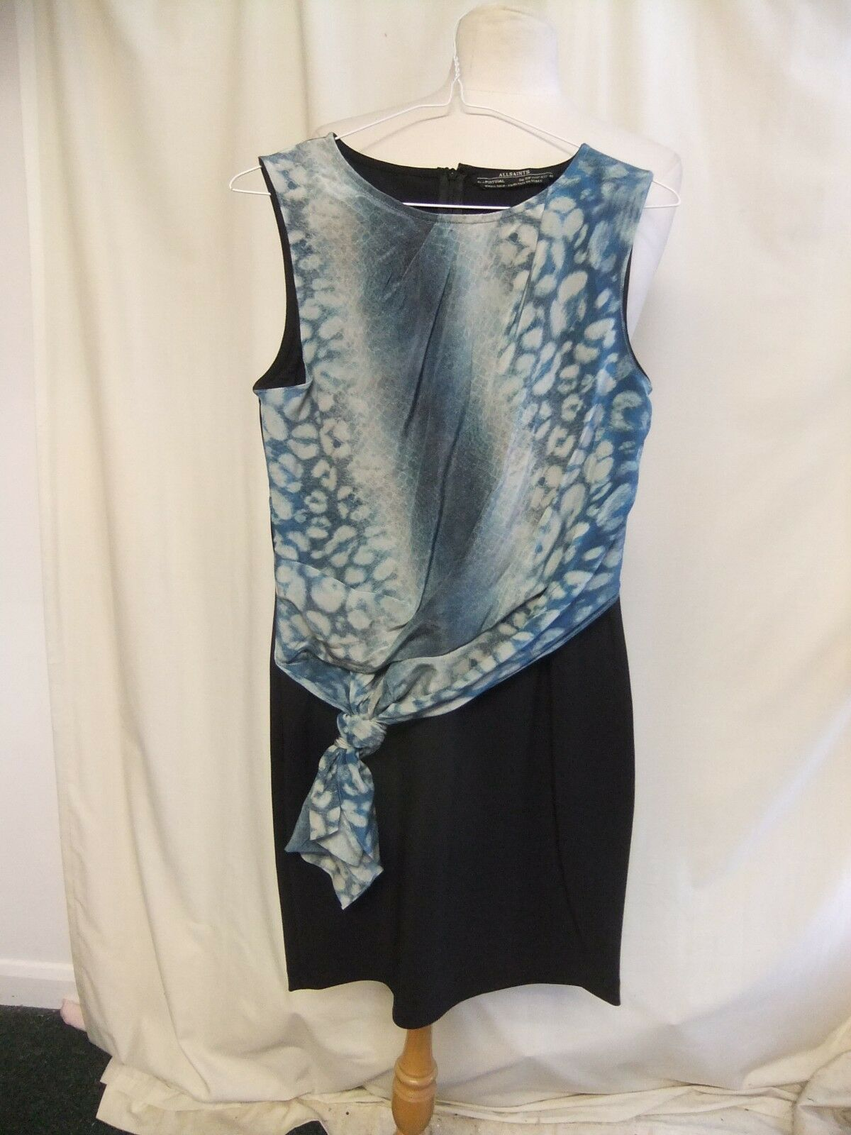Ladies Dress Dress Dress AllSaints schwarz with turquoise silk front panel UK 12 EU 40 2136 3ae1bf