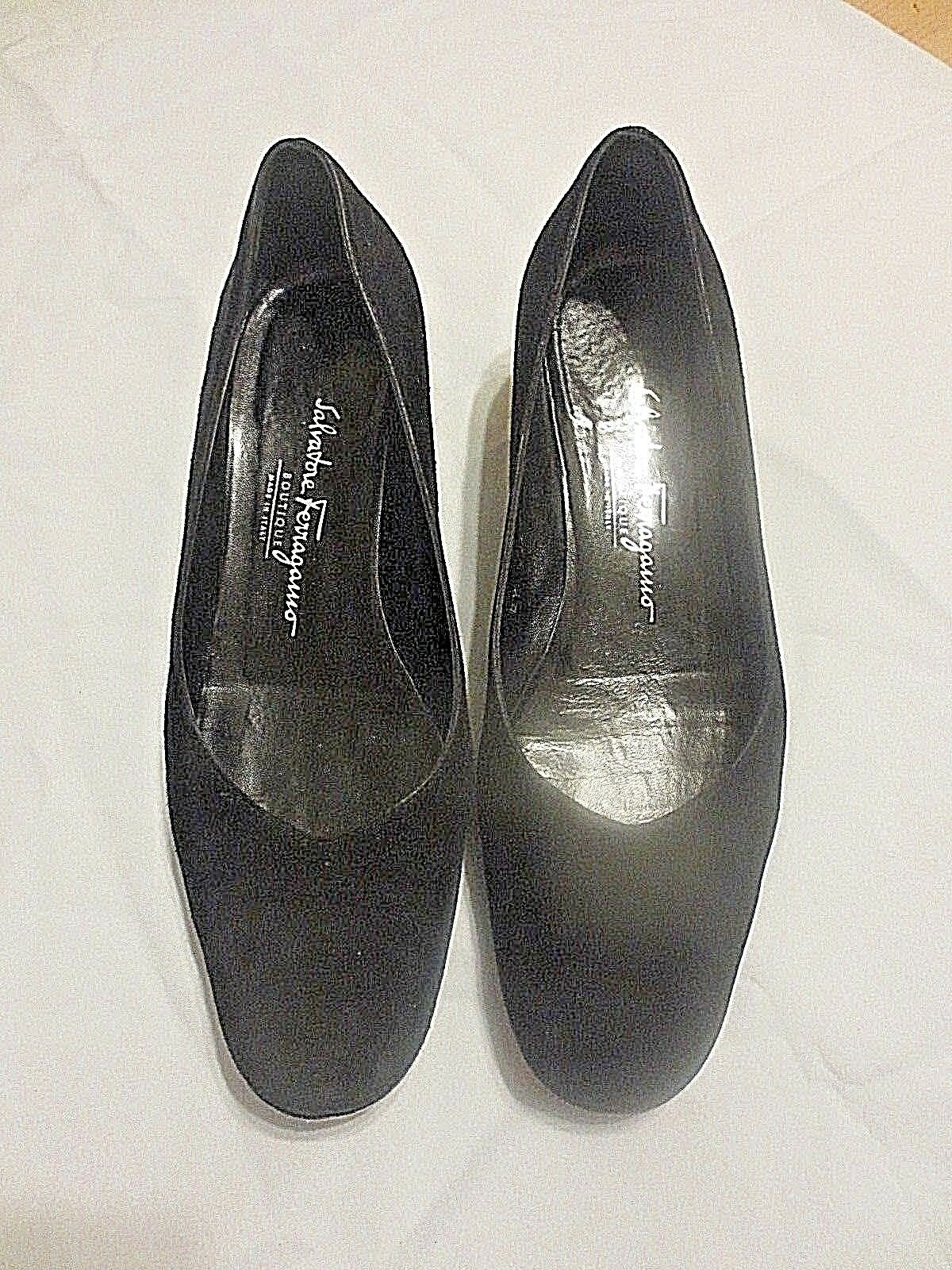 Salvatore Ferragamo Boutique Black Suede Flats Low Wedges  Sz 7 B Womens