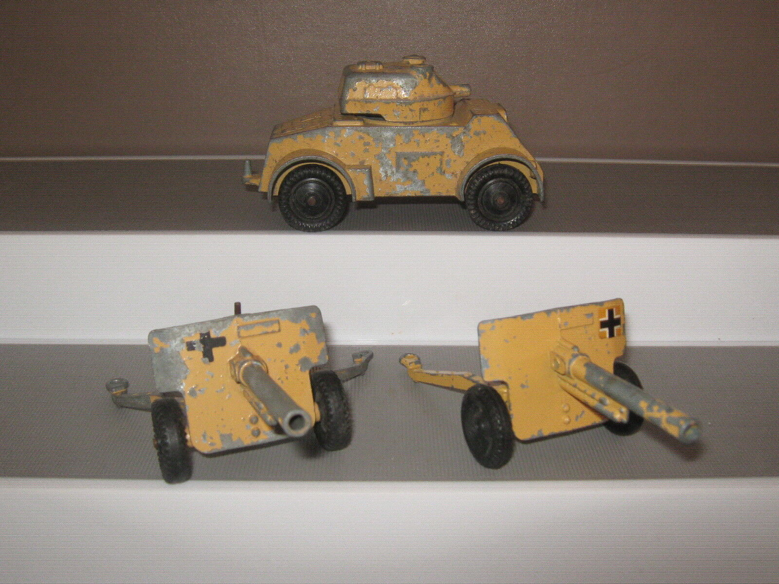 Lone star 3 Vehicles from the war in the desert set.good used condition SET 2