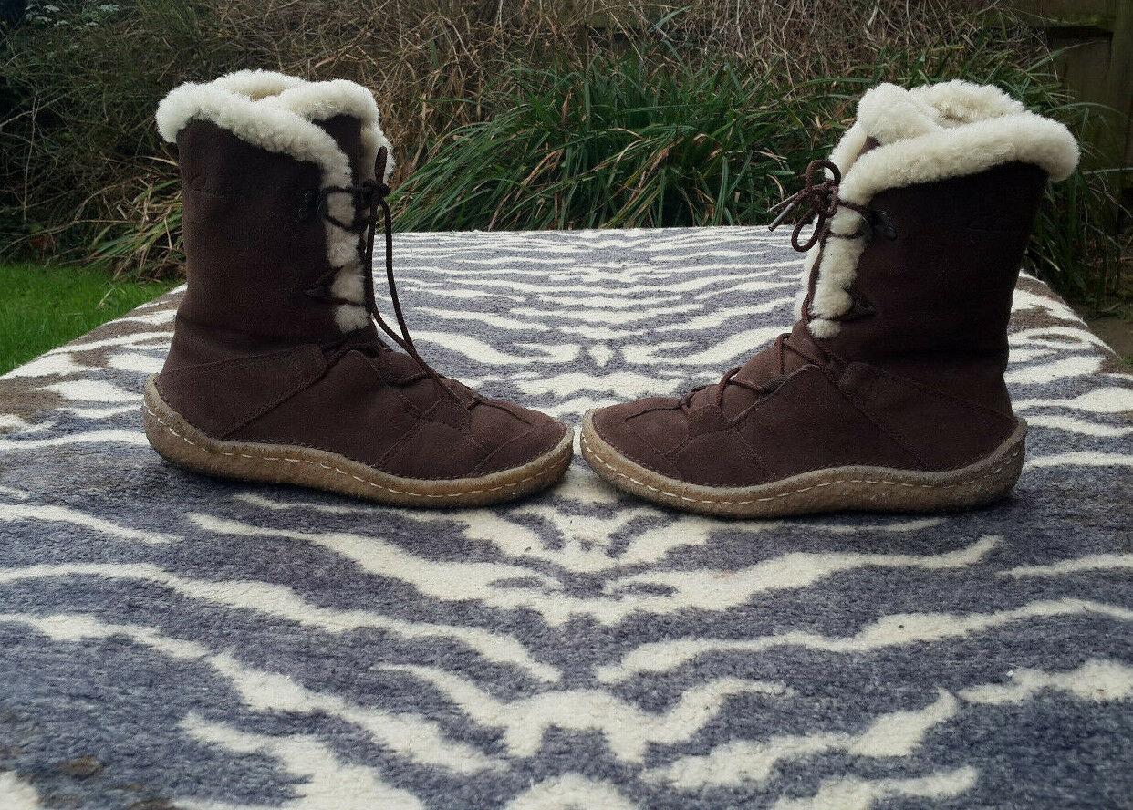 Vintage Clarks fur  wool blend lined lace up boots size 3D