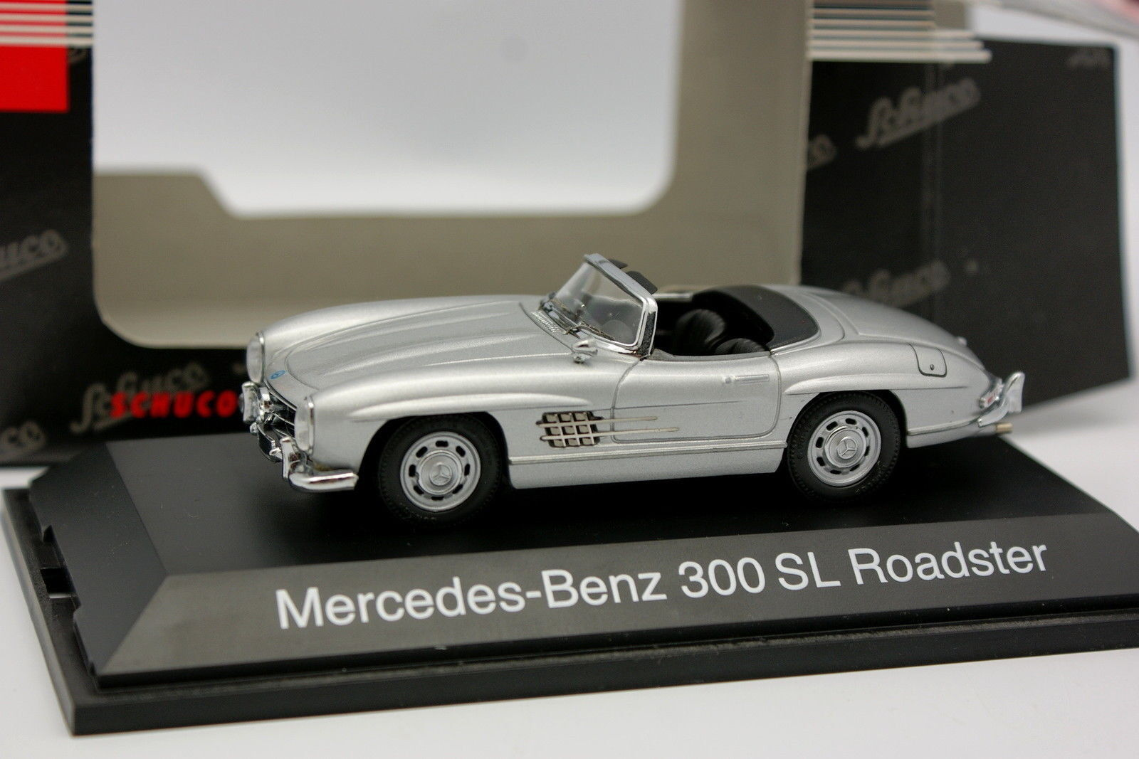Schuco 1 43 Mercedes 300 SL Roadster Grey