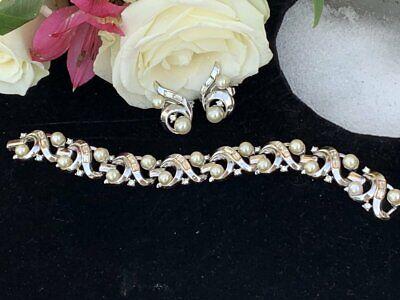 Vintage Crown Trifari Pink Enamel and Rhinestone Floral Bracelet and Earrings Set