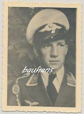 Foto Luftwaffe Soldat mit Schirmmütze -Sommerausführung  2.WK (h607)
