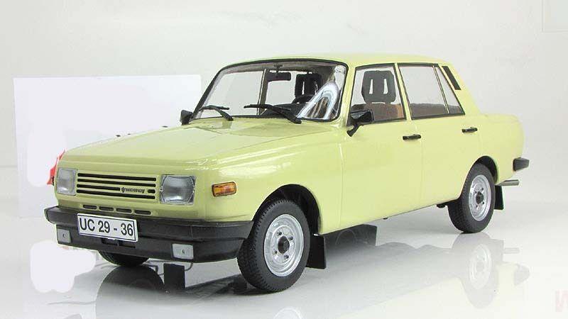 Soviétique Est-Allemand Wartburg 353 W ist Cars & Co 1 18 CCC083