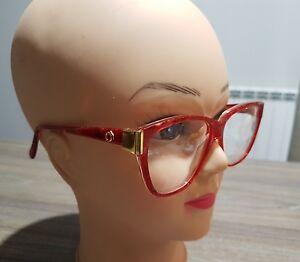 Montatura-occhiali-da-vista-vintage-oblo-fondo-magazzino-sunglasses