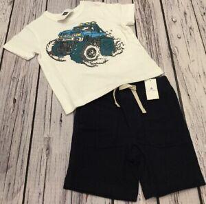 Baby Gap Boys 12-18 Months Outfit Nwt Gap Logo Striped Shirt /& Cargo Shorts