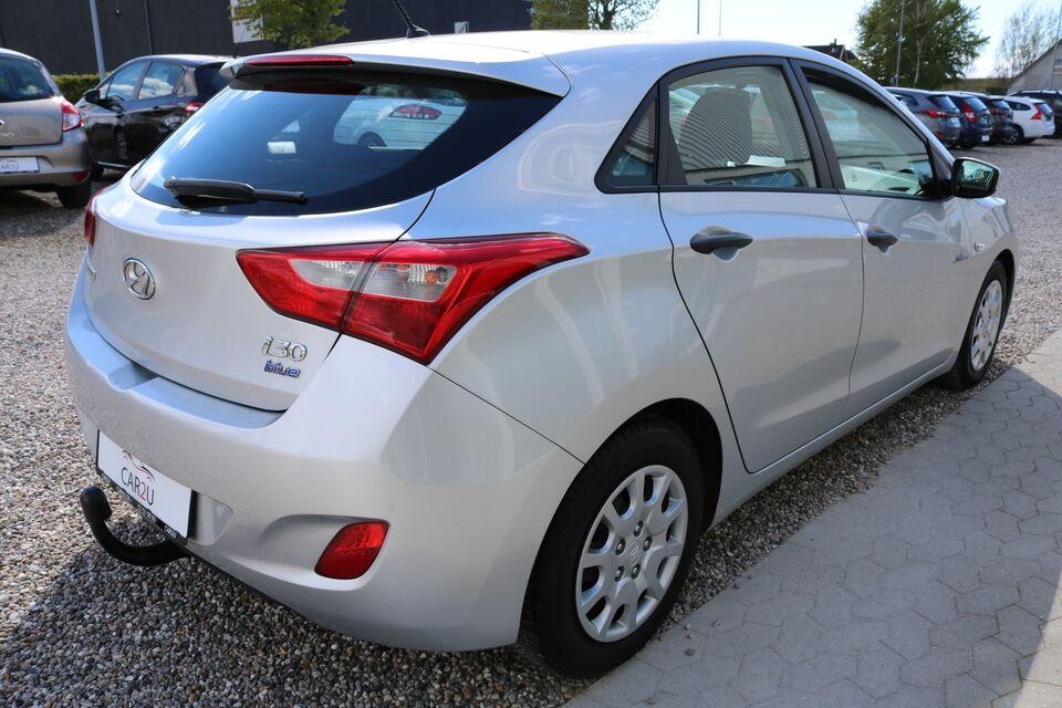 Hyundai i30 1,4 CVVT Comfort Benzin modelår 2012 km 57000
