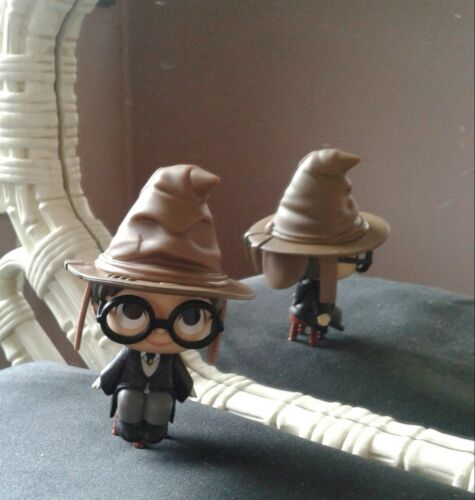 funko mystery mini harry potter Harry in sorting hat