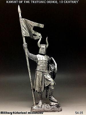 Knight, Teutonic order, 12 century, Tin toy soldier 54 mm, figurine, sculpture