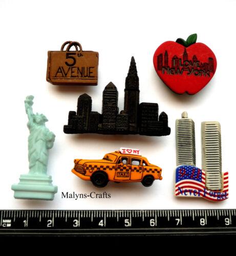 NEW YORK City Craft Buttons Novelty America USA Dress It Up Holiday City Themed
