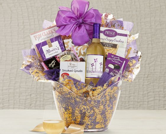 Moscato Wine Ice Bucket Chocolate Cookies Candy Cheese Crackers Gift Basket New