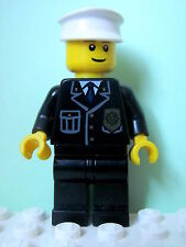 LEGO Minifig cty005 @@ Police - City Suit Blue Tie & Badge 7236 7237 7286