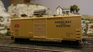 Roundhouse-MDC-HO-Green-Bay-amp-Western-Modern-40-039-steel-Boxcar-Upgraded-Ex