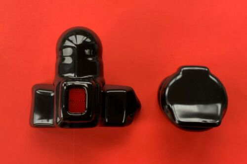 TowBall PVC Gloss Black Protector Red Reflector /& 1 x 7 or 13 Pin Socket Cover